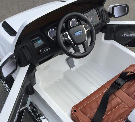 Электромобиль Ford Ranger красный (двухместный, кожа, резина, пульт, музыка, ГЛЯНЦЕВАЯ ПОКРАСКА)